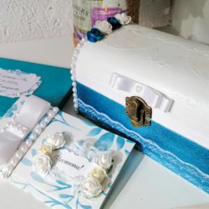 Луксозна картичка за сватба в дървена кутия
